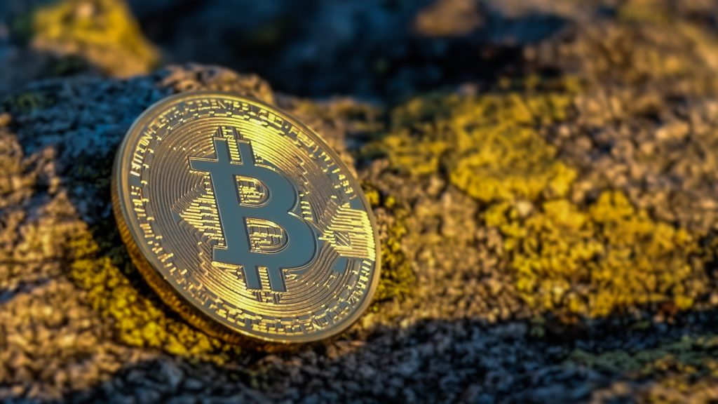 Bitcoin: Buy and Hold oder Trading – Was bringt mehr Rendite?